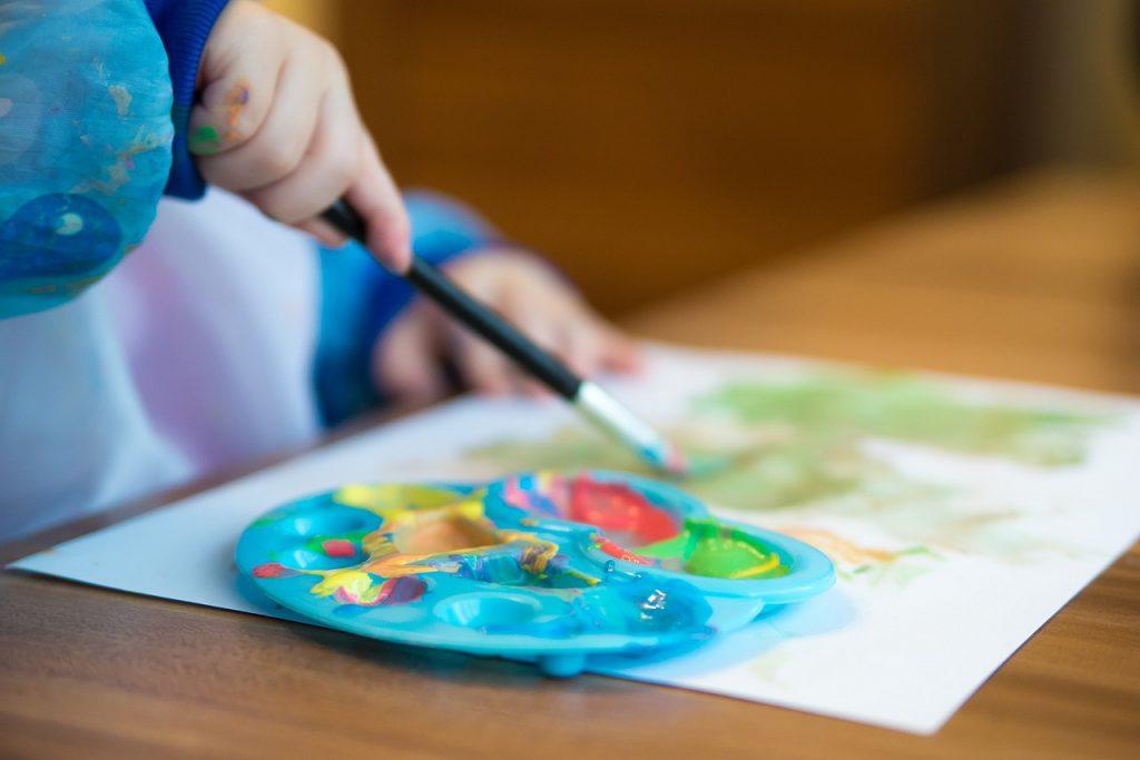 A gyereknevelés területén lejárt a szíigor ideje