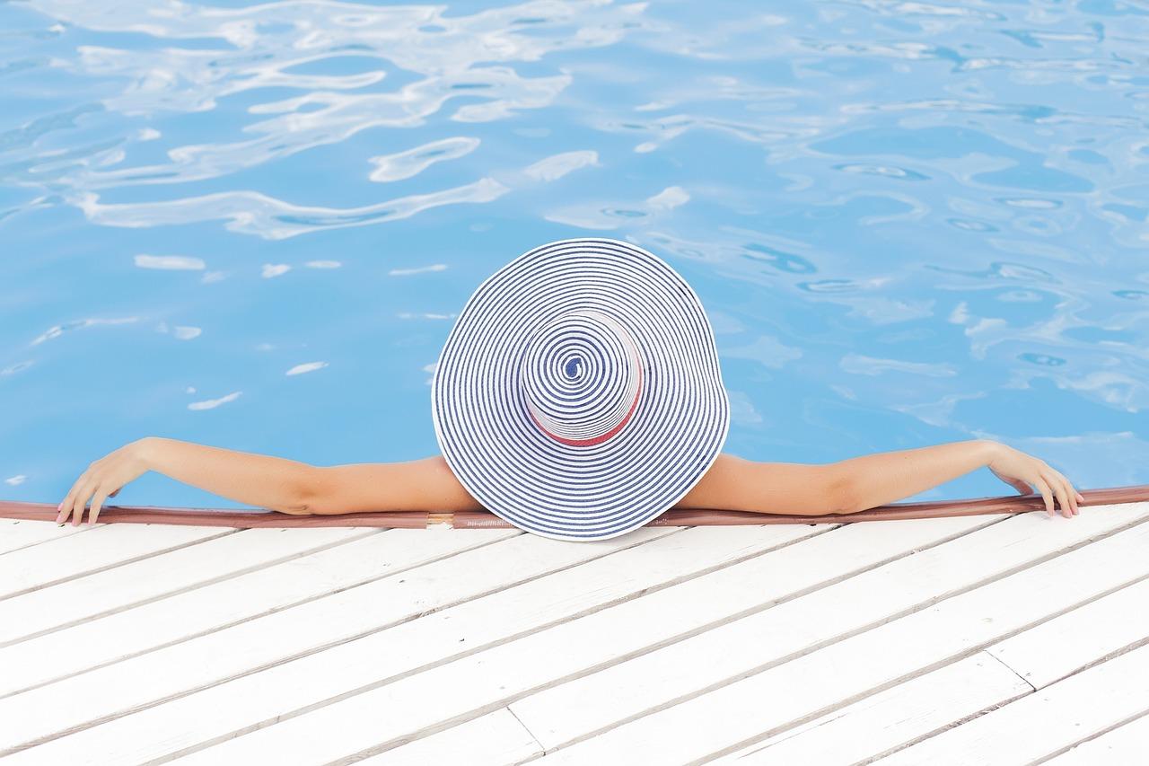 Mit sportoljak nyaralás közben? Laza, mégis hatásos nyári sportok