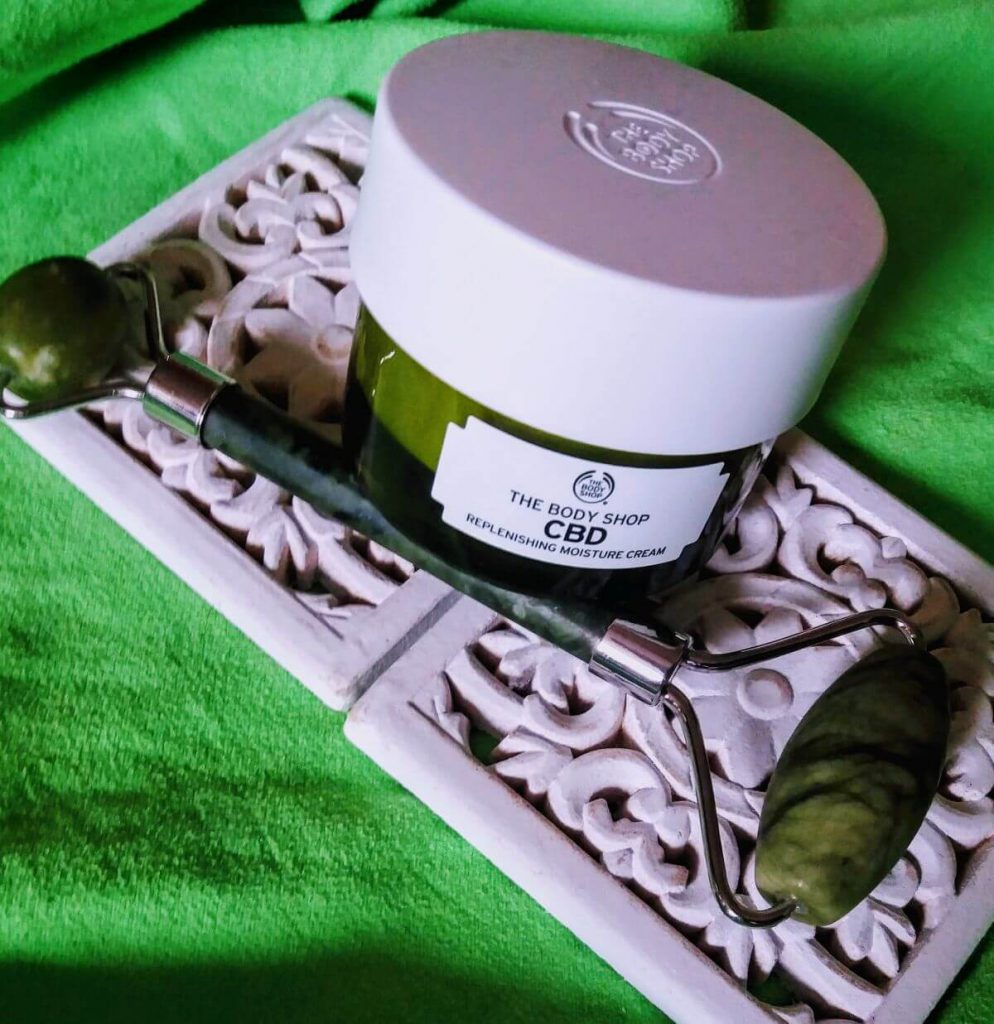 The Body Shop CBD-olaj hidratáló krém
