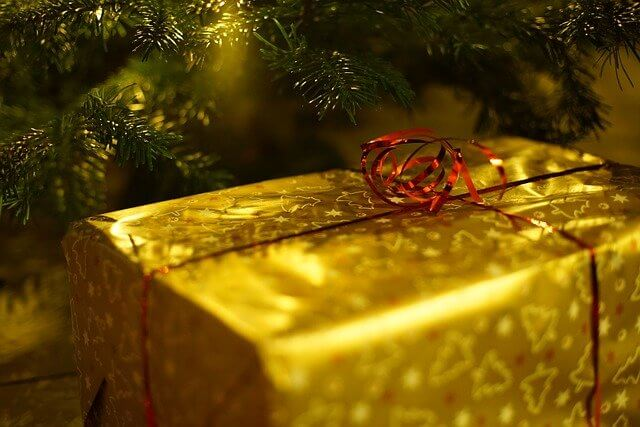 Személyes ajándék annak is, akinek mindene megvan
